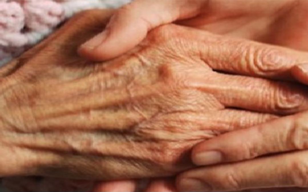 Un vecchietto malato venne dimesso dall'ospedale